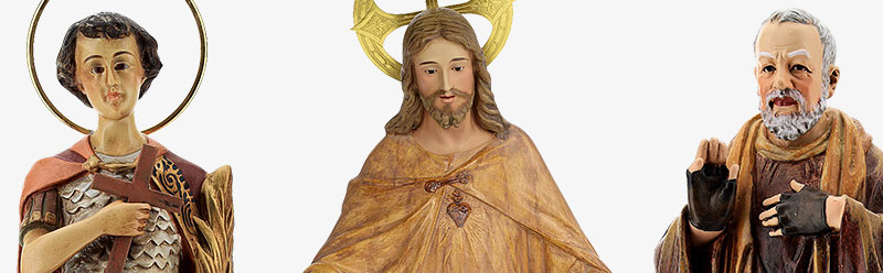 Statue in legno dipinto