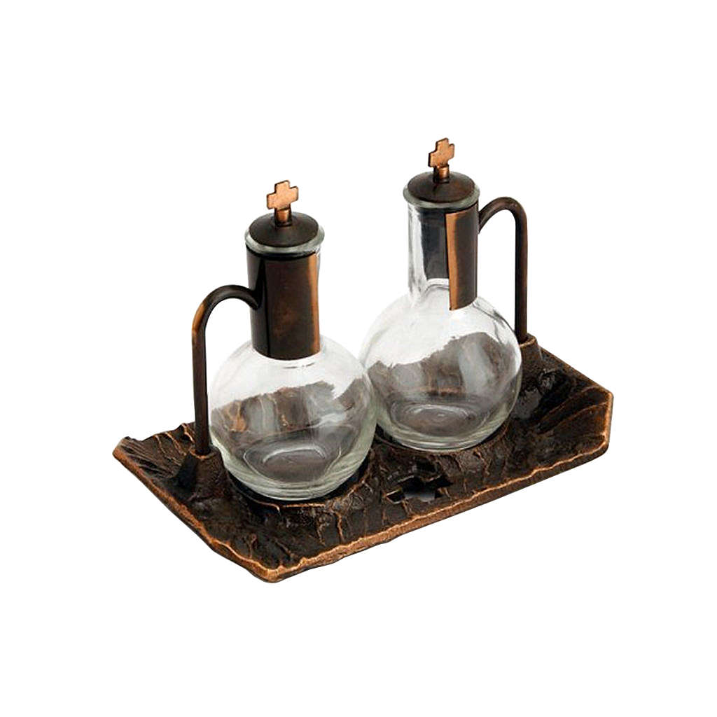 Cruet set with aged-effect brass tray 4
