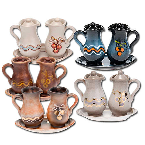 Ceramic amphora cruet set 1