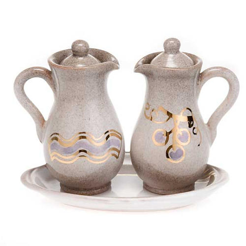Ceramic amphora cruet set 3