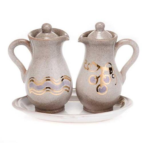 Ceramic amphora cruet set 3