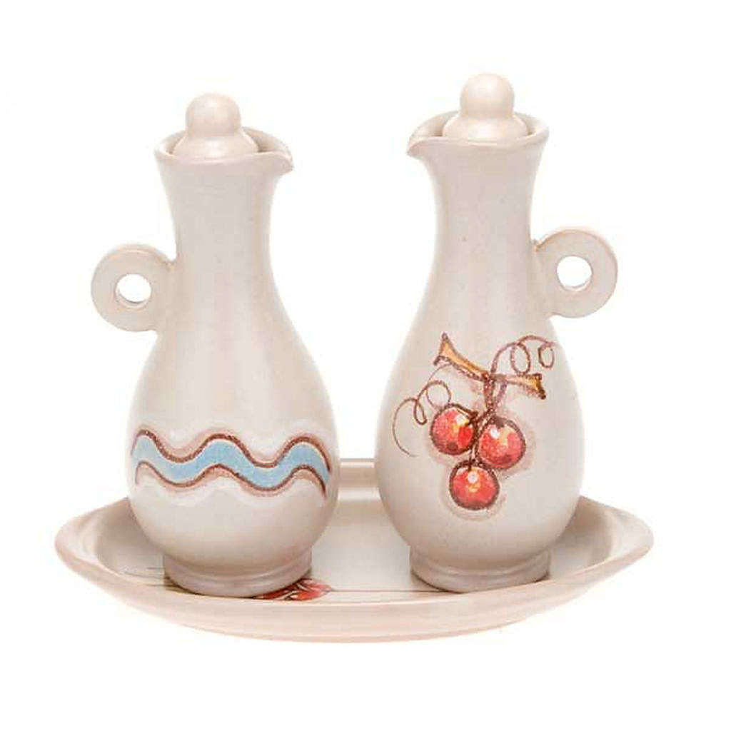 Decorated ceramic cruet set for mass 4