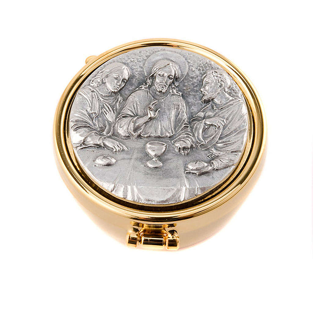 Pyx with pewter Emmaus plate 3