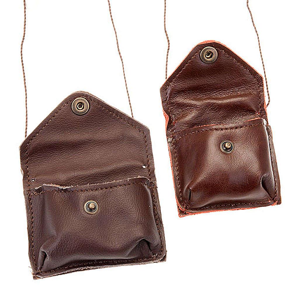 Portaviatico de piel marrón cordoncito 3