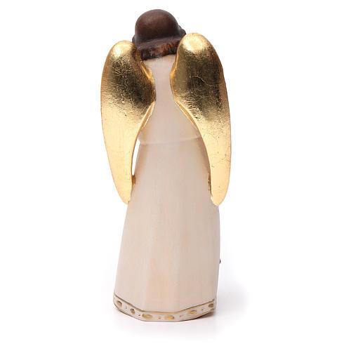 Ángel de la guarda con niña estilo moderno madera 4