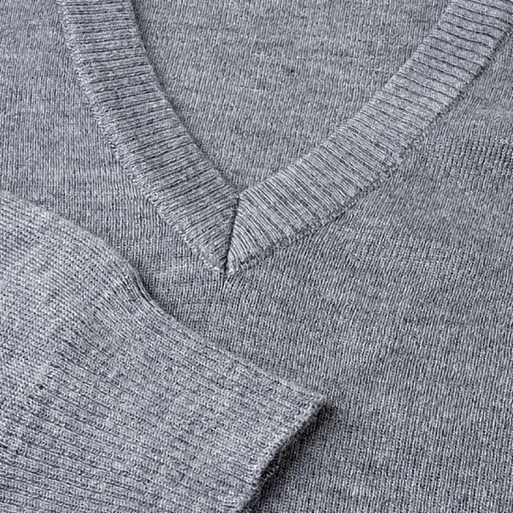 Pullover collo V grigio chiaro 4