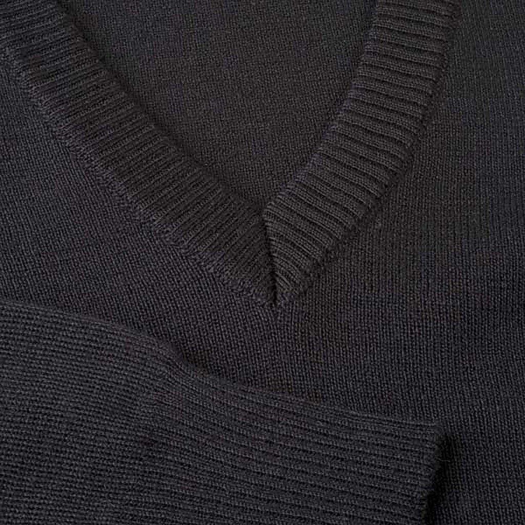 Pullover collo V nero 4