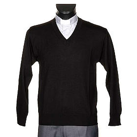Light wool V-neck pullover s1