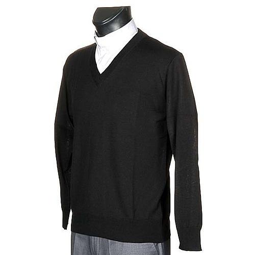 Light wool V-neck pullover 2