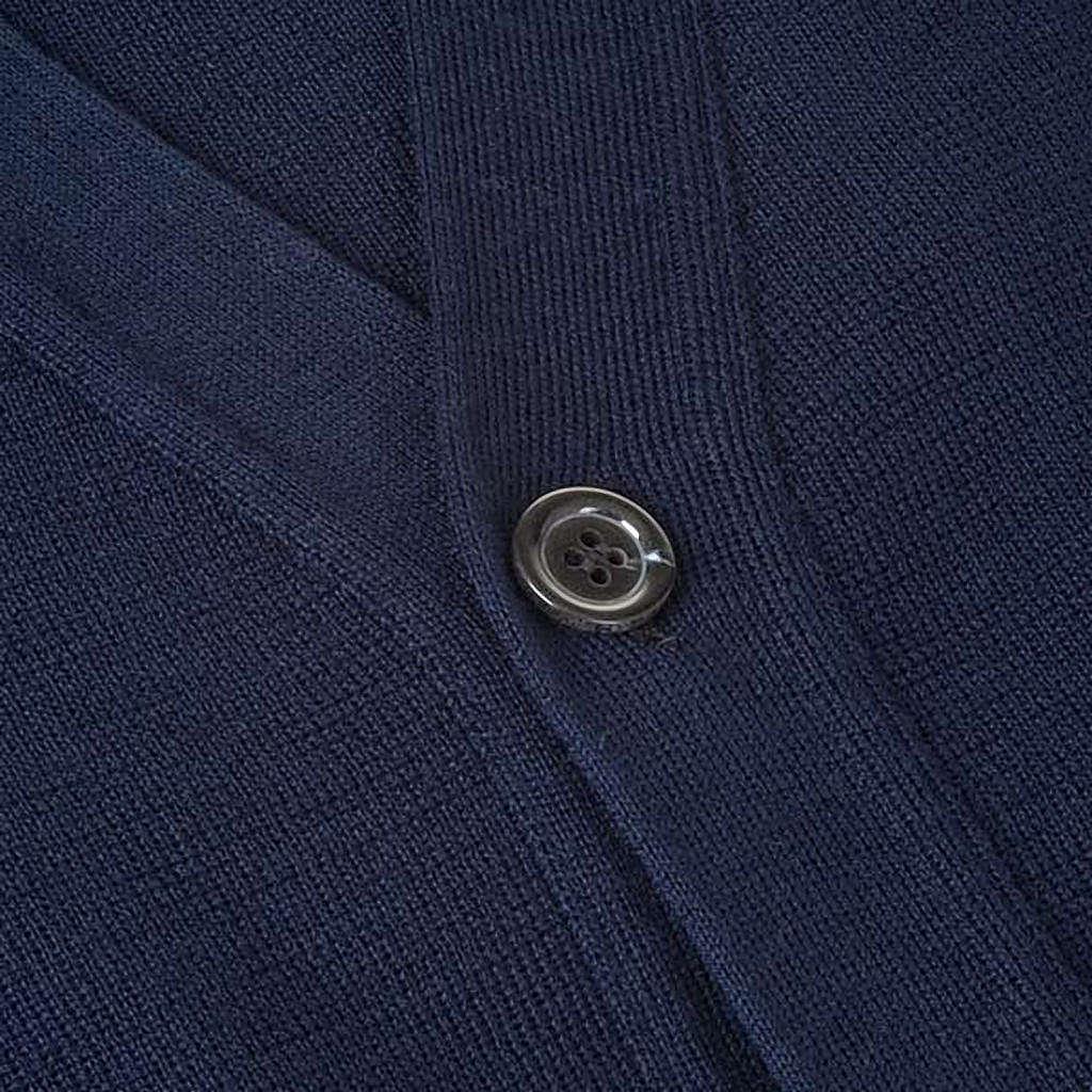 Sweter wełniany zapinany na guziki granatowy 4