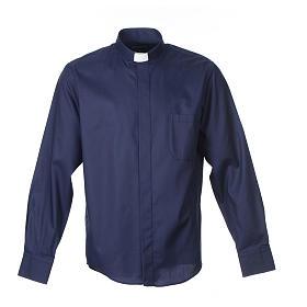 Collarhemd mit Langarm aus leicht zu bügelnden Baumwoll-Polyester-Mischgewebe mit Diagonalmuster in der Farbe Blau s1