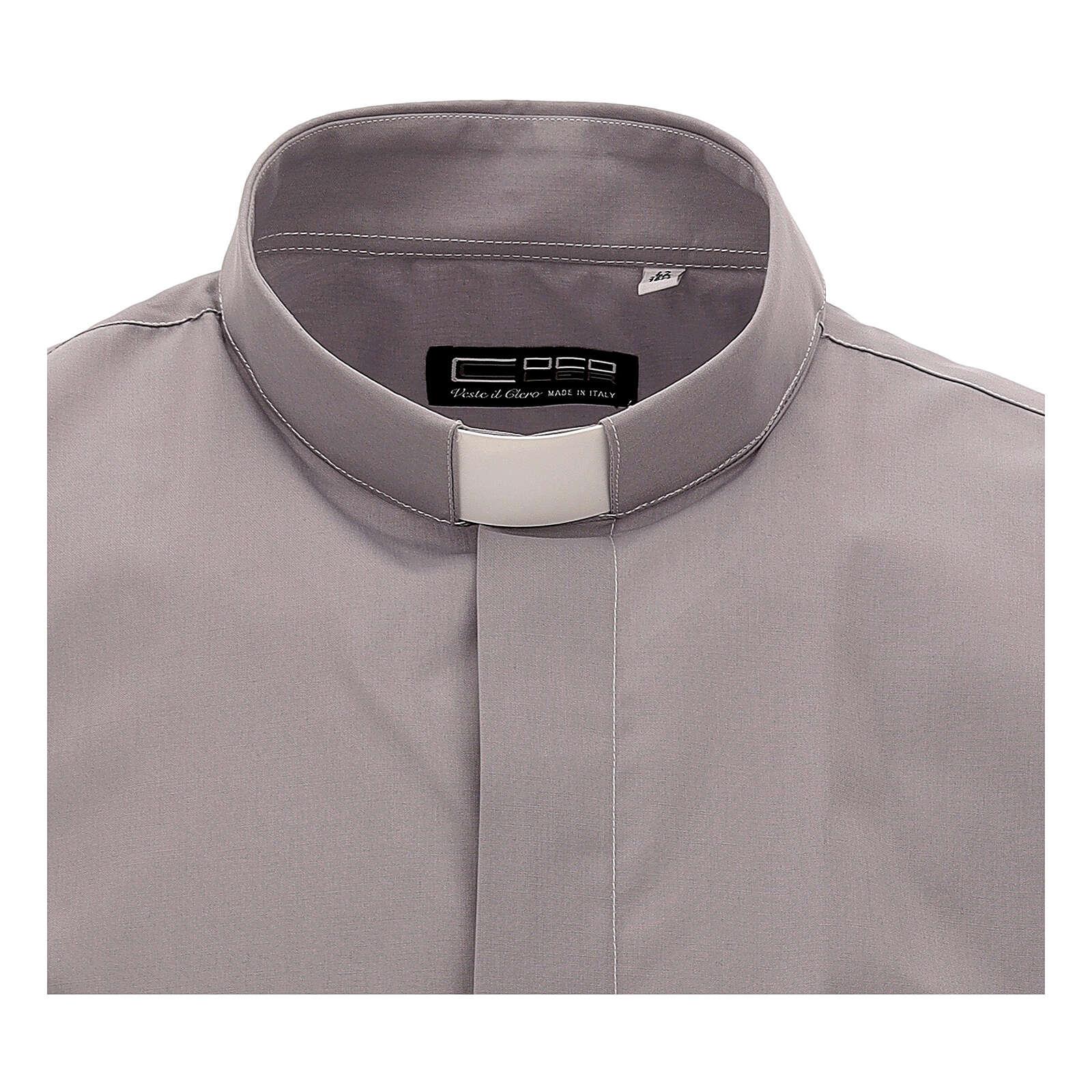 Chemise clergy gris clair uni manches courtes 4