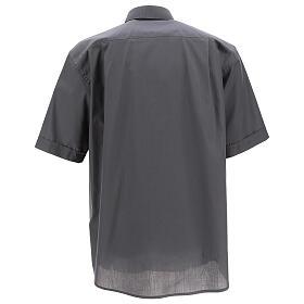 Camicia clergyman grigio scuro tinta unita manica corta s4