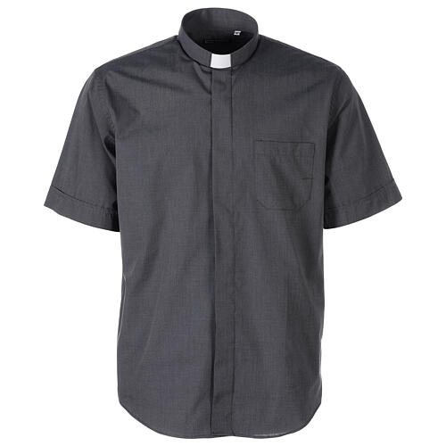 Chemise clergyman gris foncé fil à fil manches courtes 1