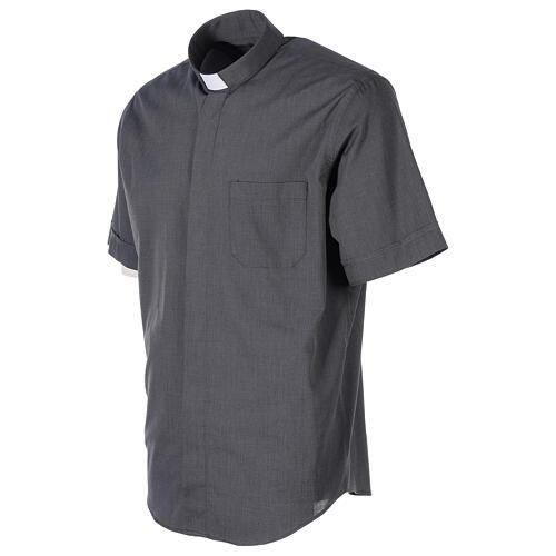Chemise clergyman gris foncé fil à fil manches courtes 3