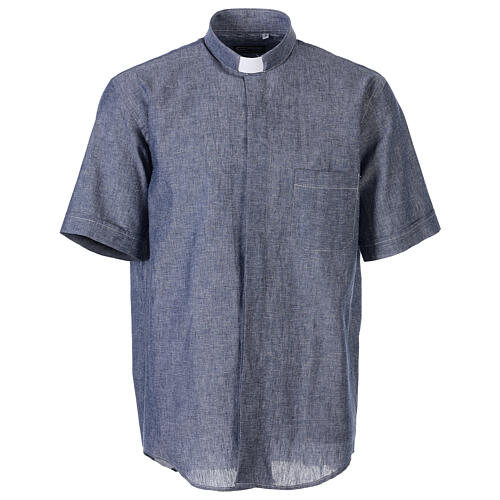 Camisa clergyman azul de hilo con manga corta 1