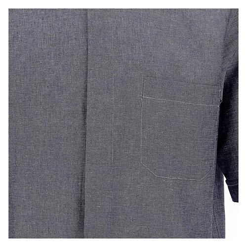 Camisa para sacerdote azul escuro em linho de manga curta 2