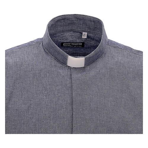 Camisa para sacerdote azul escuro em linho de manga curta 3