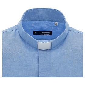 Camisa para sacerdote azul-celeste em linho de manga curta s3