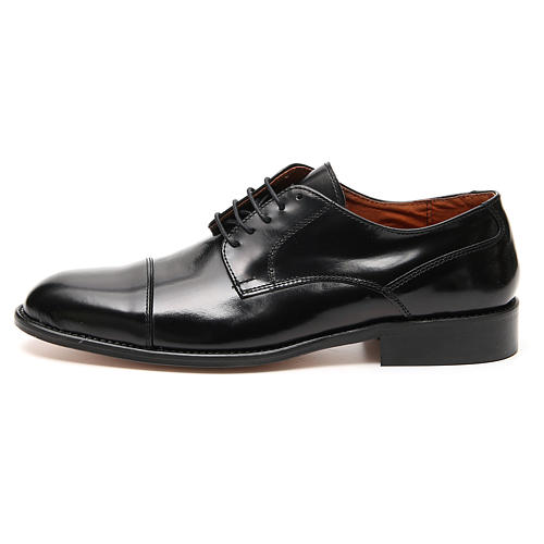 Shoes in polished real leather, toe cut 1