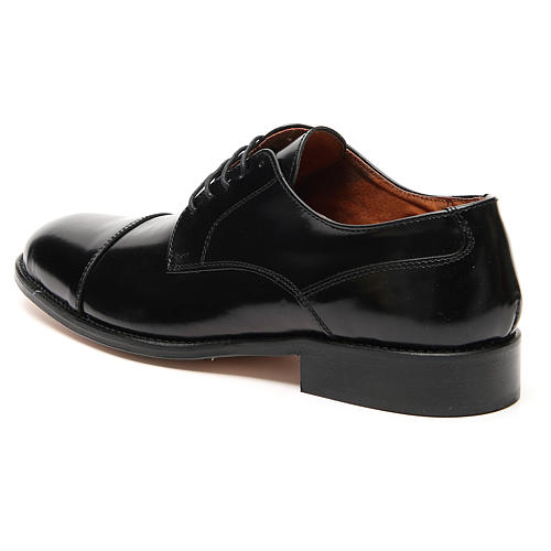 Shoes in polished real leather, toe cut 2