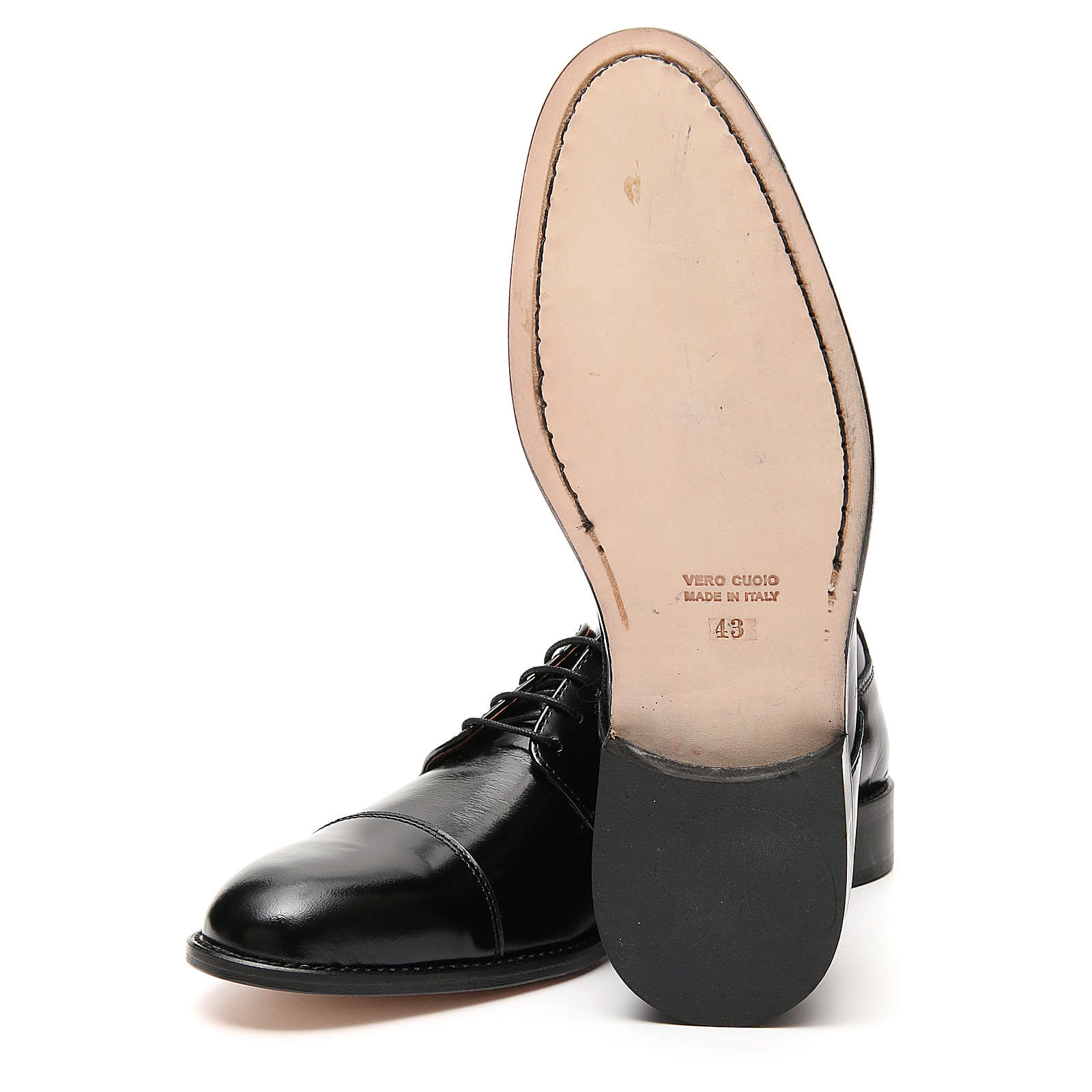 Shoes in polished real leather, toe cut 4