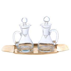 Vinajeras agua y vino con bandeja Molina vidrio y latón s1