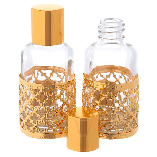 Cruets of 30 ml each with gold plated ring 2