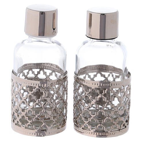 Cruets of 30 ml each with silver plated ring 5