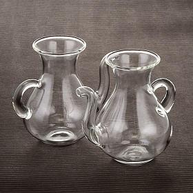 Pareja de vinajeras con pitorro de vidrio s3