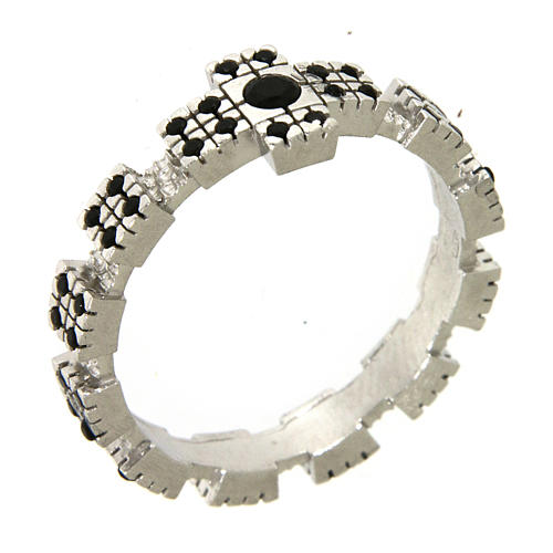 Ring in sterling silver with black zircons, rhodium plated 1