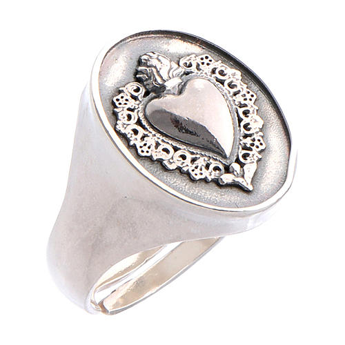 Ring with ex-voto heart in burnished silver 1