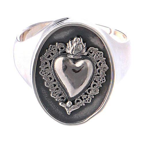 Ring with ex-voto heart in burnished silver 2