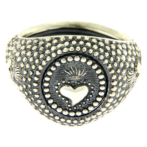 Silver ring votive heart engraving 2