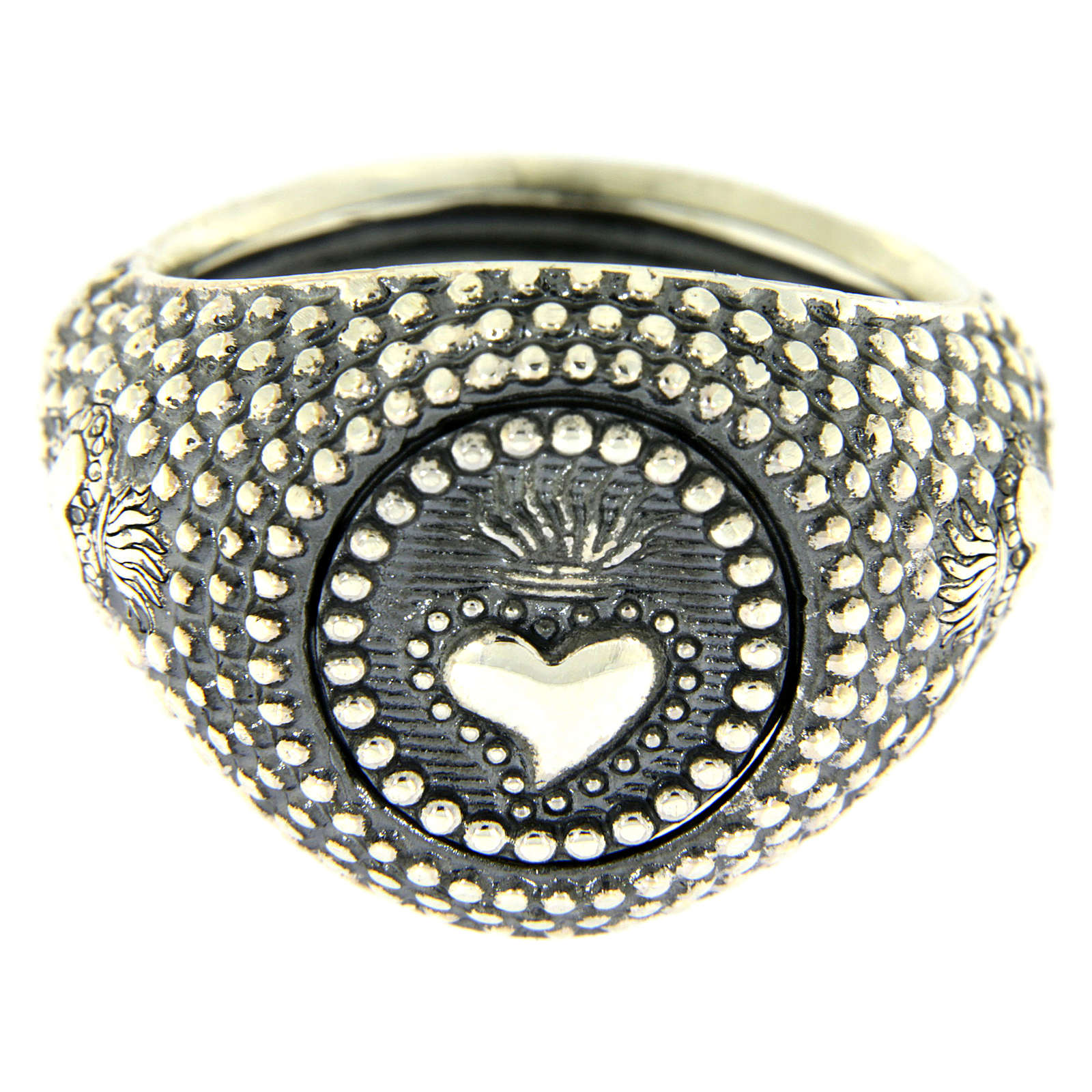 Silver ring votive heart engraving 3