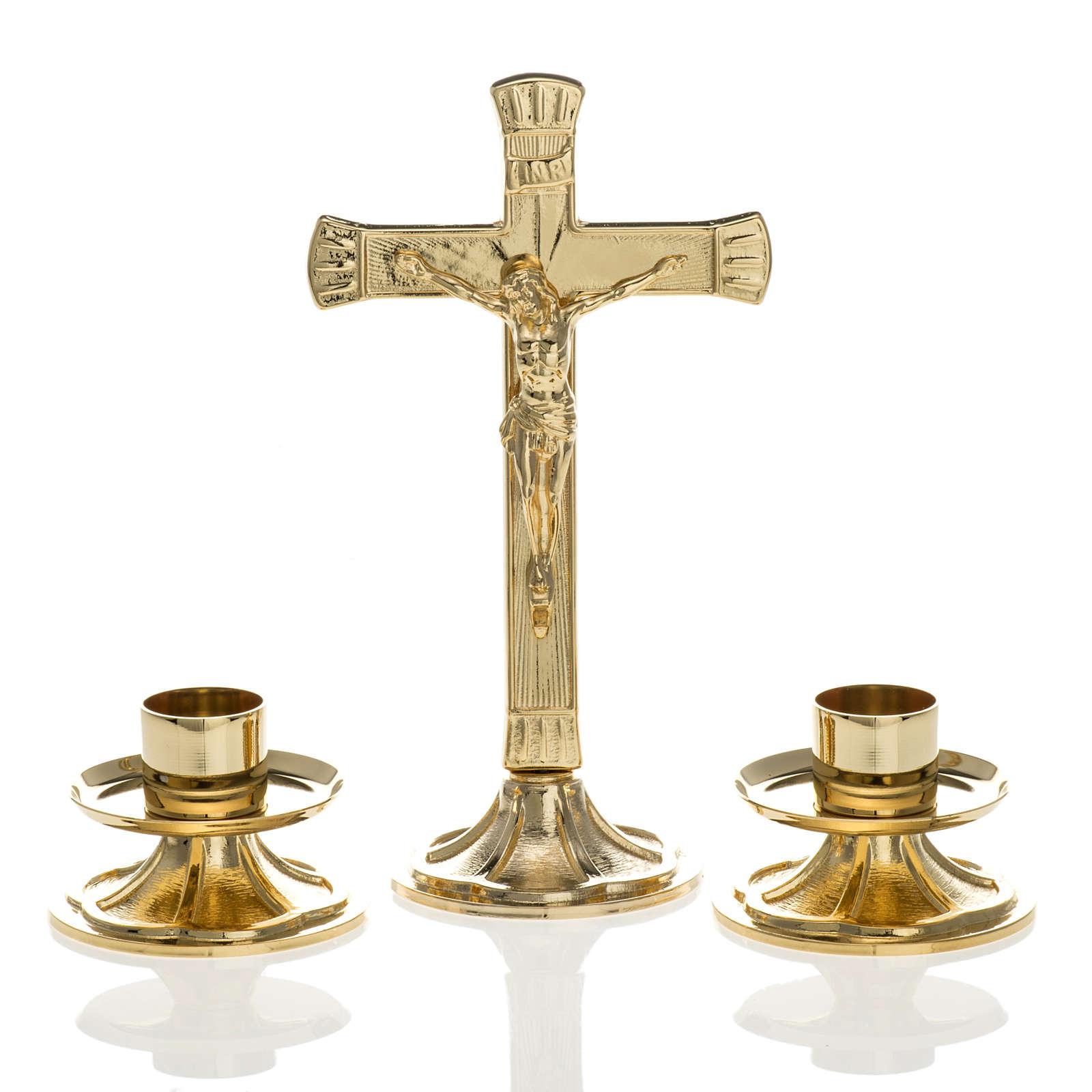 Cruz y candelabros para altar completo de latón dorado 4