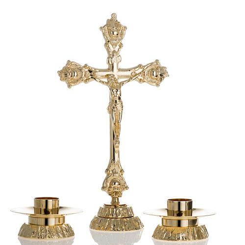 Completo para altar, candelabro y cruz en latón 1