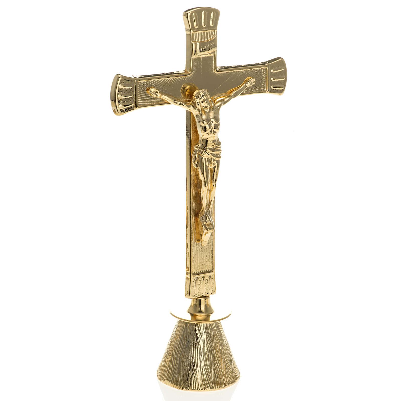 Candelabros y cruz para altar 4