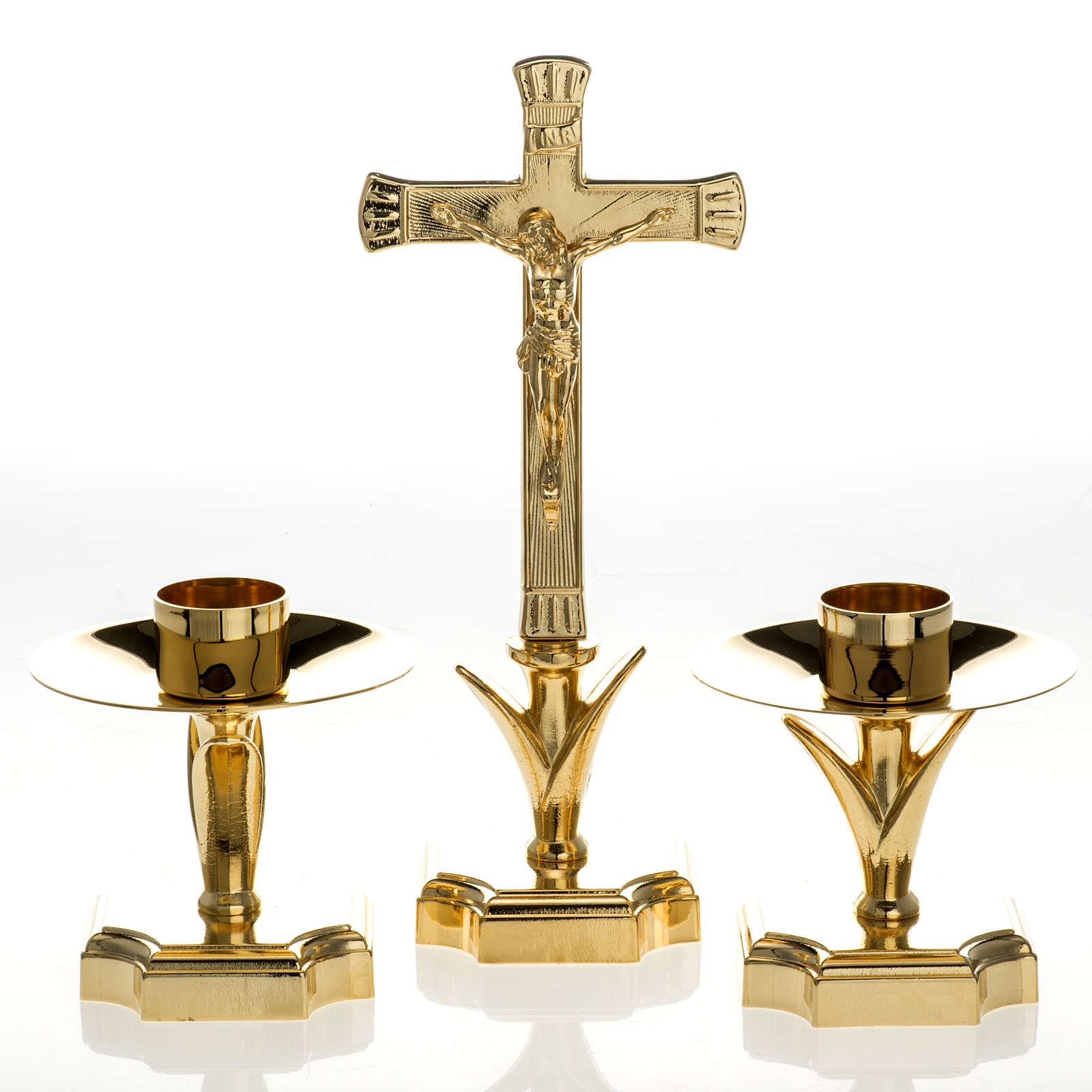 Completo di croce e candelieri altare 4