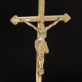 Cruz de mesa y pareja de candelabros de latón 53x30cm s5