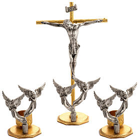 Altar crosses and candle holders: Altar cross and candlesticks with angels in bronze