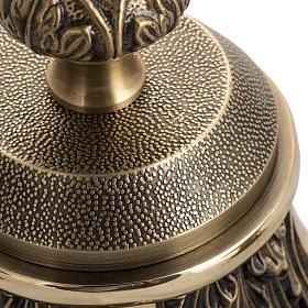 Cruz de mesa y candelabros bronce fundido oxidado s5