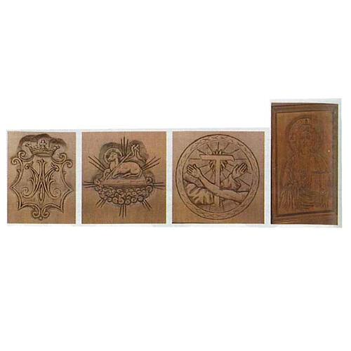 Ołtarz z litego drewna ręcznie naciętego 2