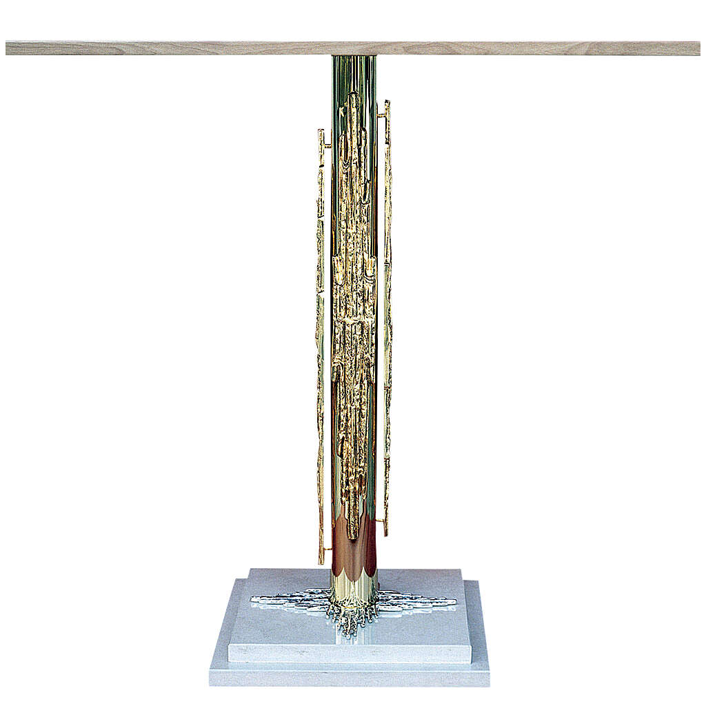 Altar in brass with marble base 4