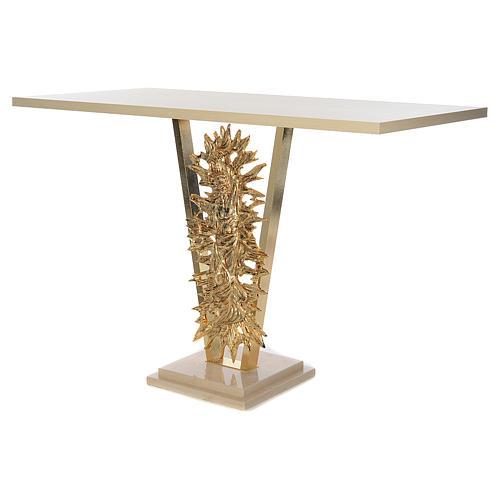 Altar de latón fundido con Cristo Resucitado, base de mármol, 102x150x60 cm 2