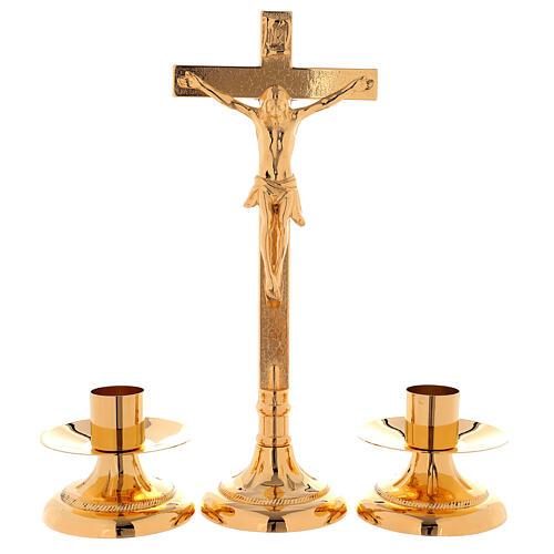 Completo de altar cruz con candeleros latón dorado 24k motivo en la base 1
