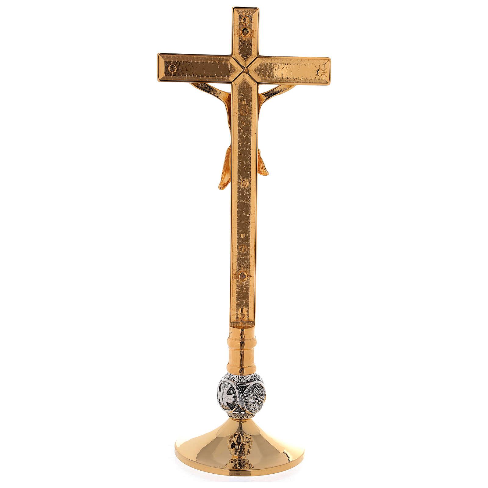 Set de altar cruz y candeleros uva y cruz latón dorado 24k 4