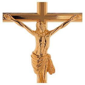Set de altar cruz y candeleros bajo latón dorado 24k s2