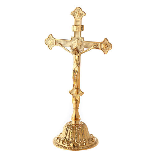 Croce da altare con candelieri base fiorata ottone 2
