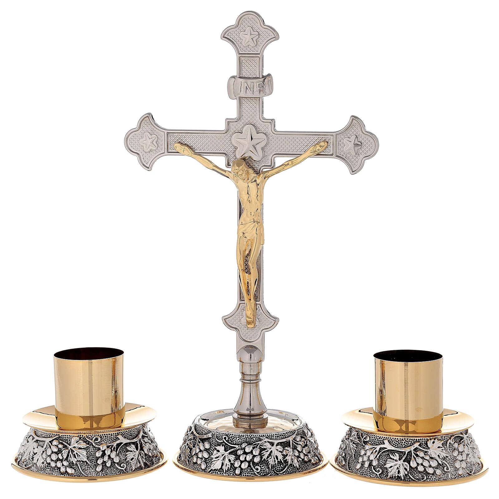 Cruz altar uva y hojas de vid con candelabros 4